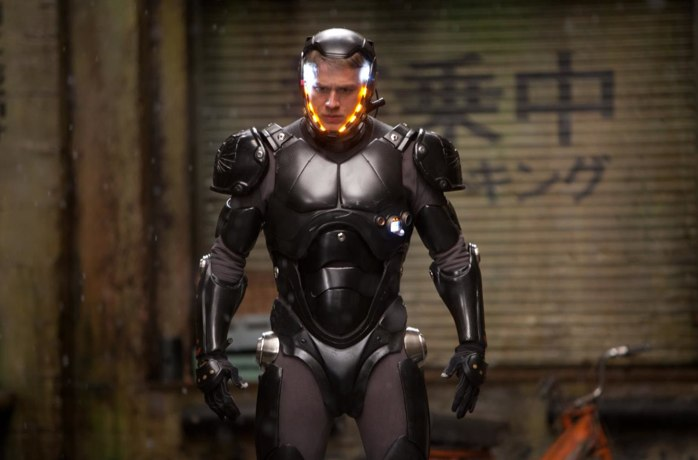 Q5X Delivers Audio Transmitter Solution For The Movie: Pacific Rim